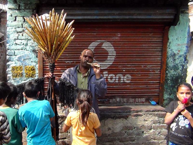 A flute maker selling flutes