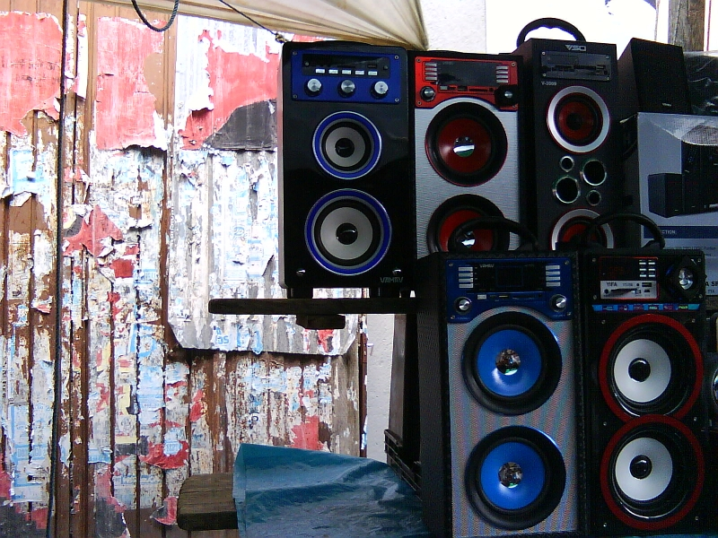 Photo: Radio equipment for sale n Tlacolula, Oaxaca. Credit: Shannon Young.