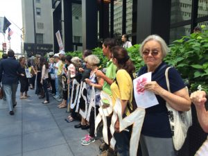 Protesters on Park Avenue in NYC in front of the Japanese Consulate on the 71st Anniversary of the bombing of Hiroshima on August 6, 1945. (Photo credit: Linda Perry Barr)