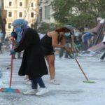 تحويل الغضب إلى قوة مع توجه اللبنانيين إلى شوارع بيروت المنكوبة للتنظيف