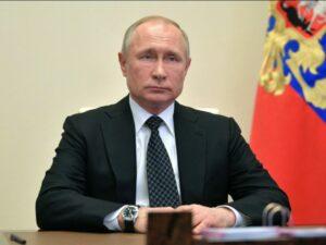 بوتين يعلن تسجيل أول لقاح ضد Covid-19