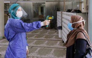 تغلق إيران صحيفة بعد تساؤل الخبراء عن أرقام فيروس كورونا