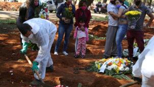 حصيلة وفيات فيروس كورونا في البرازيل تتخطى عتبة الـ100 ألف