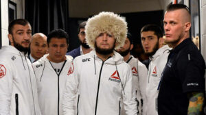 """""""أربعة من فريقنا سيقاتلون"""": يقول خبيب إن عودة UFC 254 ستكون شأنًا عائليًا"""