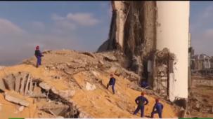 `` مشهد من فيلم ما بعد المروع '': بدء عمليات الإنقاذ الروسية في بؤرة تفجيرات بيروت