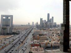 المملكة العربية السعودية تسجل أدنى مستوى جديد في 4 أشهر في حالات COVID-19