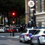 """محتجز رهائن طالب """"بحرية الفلسطينيين"""" بتسليم أنفسهم للشرطة في لوهافر الفرنسية"""