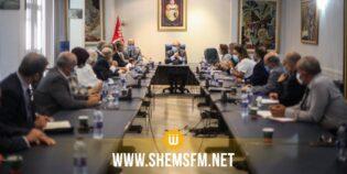 وزير السياحة يدعو إلى ضرورة تسريع تنفيذ الإجراءات الحكومية لفائدة القطاع السياحي