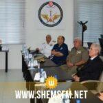 وزير الدفاع يزور مركز الإستطلاع ومركز قيادة العمليّات المشتركة لمختلف الجيوش
