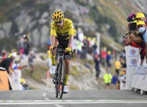 لمحات روجليك عن انتصار سباق فرنسا للدراجات من قمم جبال الألب