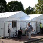 اختبار فيروس كورونا في بريطانيا يضغط على الحكومة