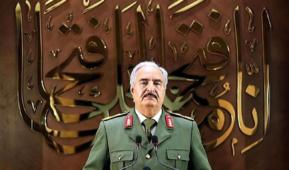 مصر تبحث استئناف صادرات النفط مع المسؤولين الليبيين