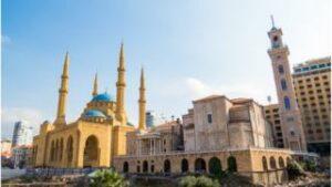 دور العبادة بعد تفجير بيروت: جولة خراب وإعمار جديدة