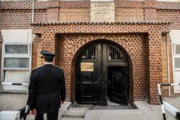 شكك نشطاء حقوقيون في بيان وزارة الداخلية المصرية بشأن الهروب من السجن