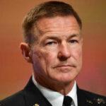 جنرال أمريكي يندفع للدفاع عن البنتاغون بعد أن اتهمه ترامب بالتواطؤ مع مصنعي الأسلحة لخوض حروب لا نهاية لها