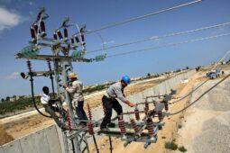 مصر تنفي تصدير الكهرباء إلى أوروبا بأسعار مدعومة