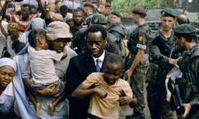 دون تشيدل في فيلم عام 2004 فندق رواندا