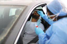 تسجل الإمارات 842 حالة جديدة لـ Covid-19 ، بينما أبلغت دول الخليج الأخرى عن أقل