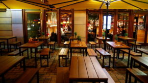 ألمانيا تغلق المطاعم والمنشآت الترفيهية لمدة شهر لاحتواء الموجة الثانية من فيروس كورونا