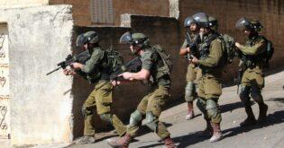 """وفاة فتى فلسطيني بعد أن """"ضربه جنود إسرائيليون"""""""