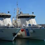 خفر السواحل الليبيين يستقبلون سفينتين بعد إصلاحهما في تونس
