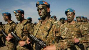 عرفت أرمينيا أن الحرب على ناغورنو كاراباخ قادمة ، وكان السؤال هو متى ، قال رئيس الوزراء باشينيان للأمة مع استمرار القتال