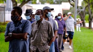 الانتخابات الرئاسية الأمريكية: انطلاق التصويت المبكر في فلوريدا وسط توقعات بنتائج متقاربة
