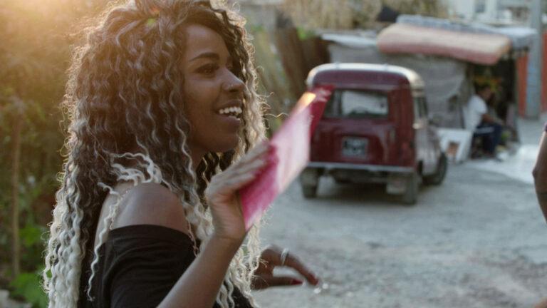 """مخرجة """"كان لديها حلم"""" رجاء عماري حول محاربة التمييز الجنسي والعنصرية في تونس اليوم"""