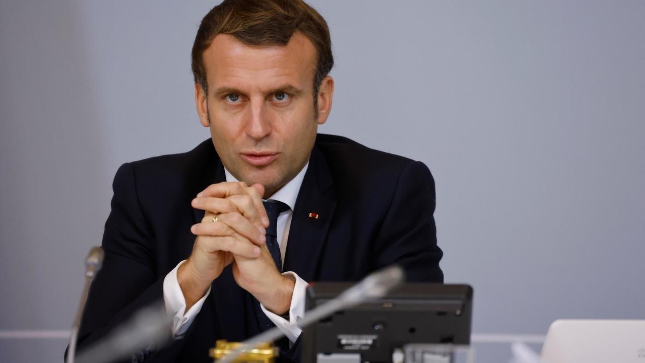 ردود أفعال غاضبة من المعارضة الجزائرية على تصريحات ماكرون الداعمة للرئيس تبون