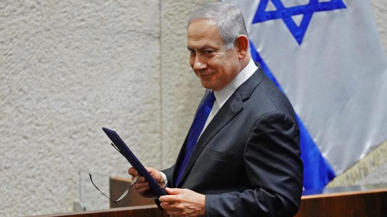 وسائل إعلام إسرائيلية تقول إن نتانياهو زار السعودية سرا والتقى ولي العهد محمد بن سلمان
