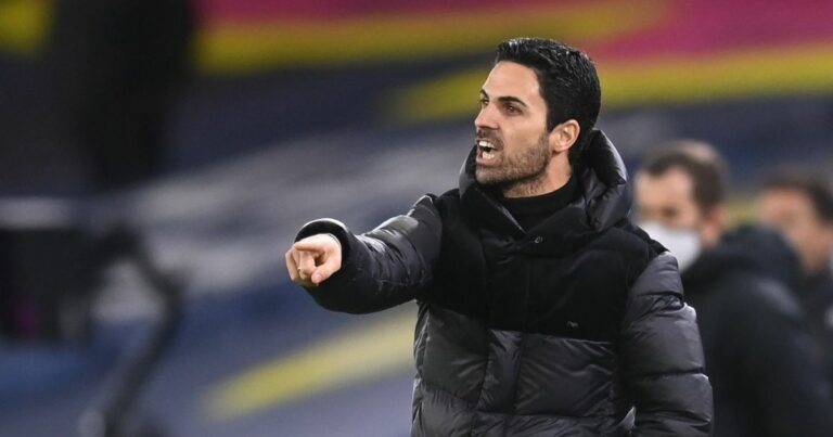 أضاف آرسنال أربعة لاعبين إلى تشكيلة الفريق لمواجهة الدوري الأوروبي - ويمكن أن يبدأ أحدهم