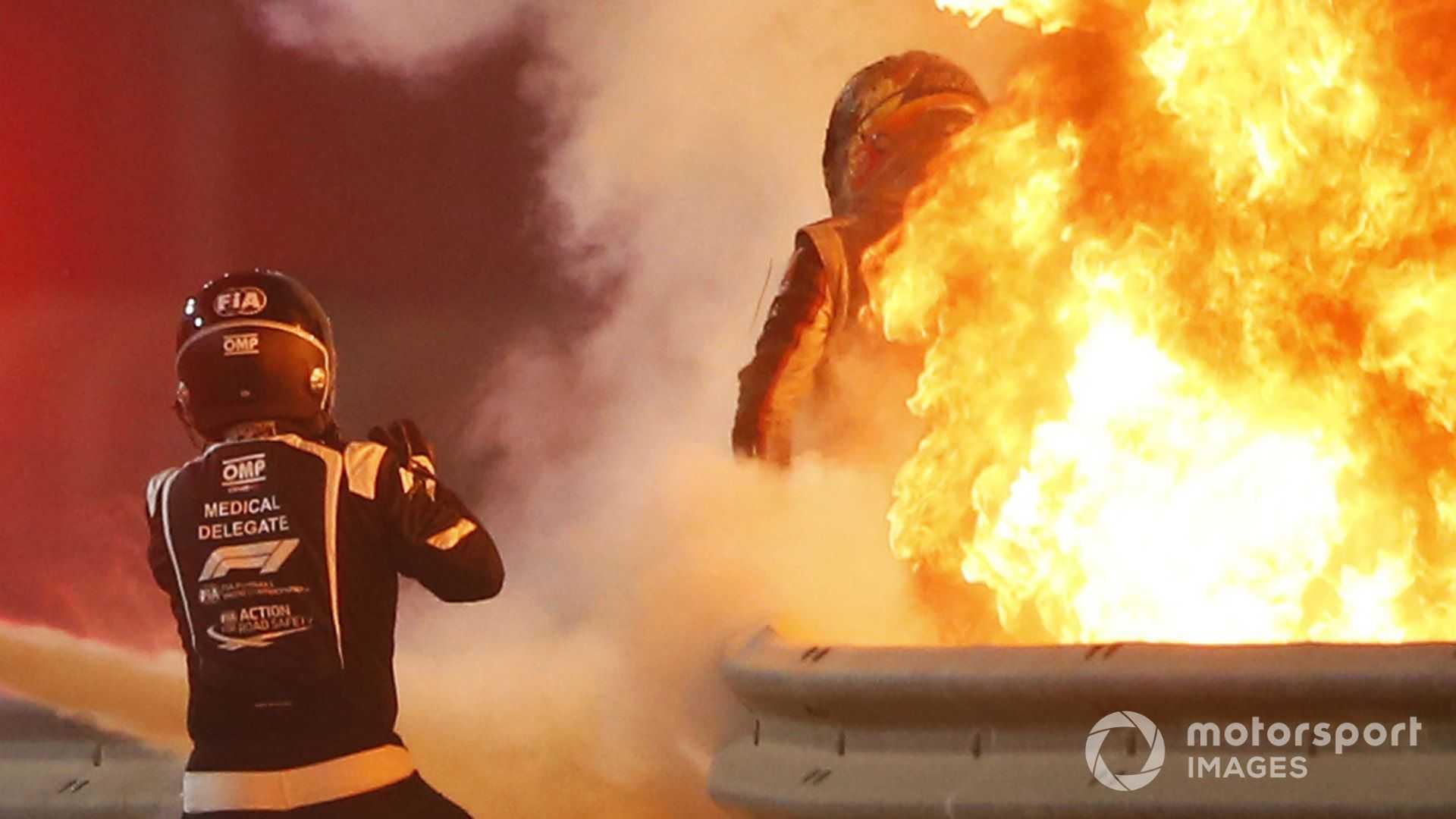 انتظروا حتى يهرب غروجان من حريق في البحرين 'شعر وكأنه عصور'