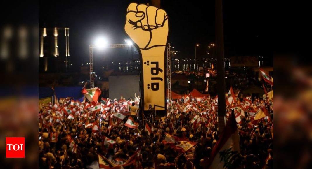 """""""الربيع العربي لم يمت"""": موجة ثانية من احتجاجات الشرق الأوسط - تايمز أوف إنديا"""