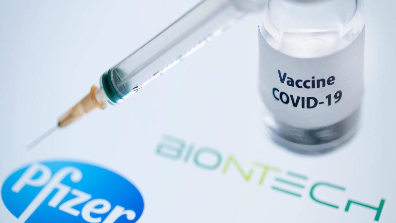 بريطانيا أول دولة في العالم تقر اعتماد لقاح شركة فايزر المضاد لفيروس كورونا
