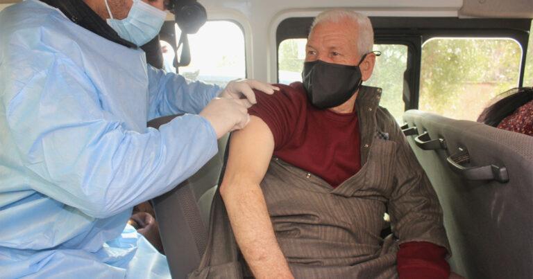 لا فرق بين مواطن ولاجئ.. هكذا عاش الأردن حملة التطعيم ضد كورونا