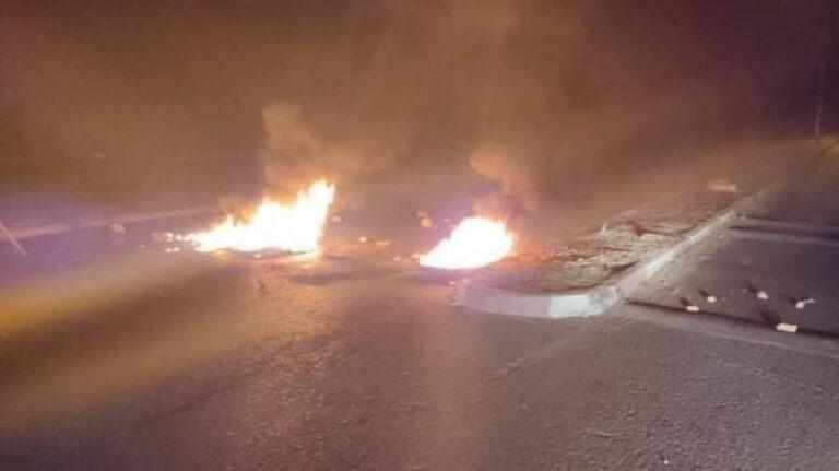 القيروان: منحرفون يتعاطون ''الزطلة'' ويغلقون الطريق