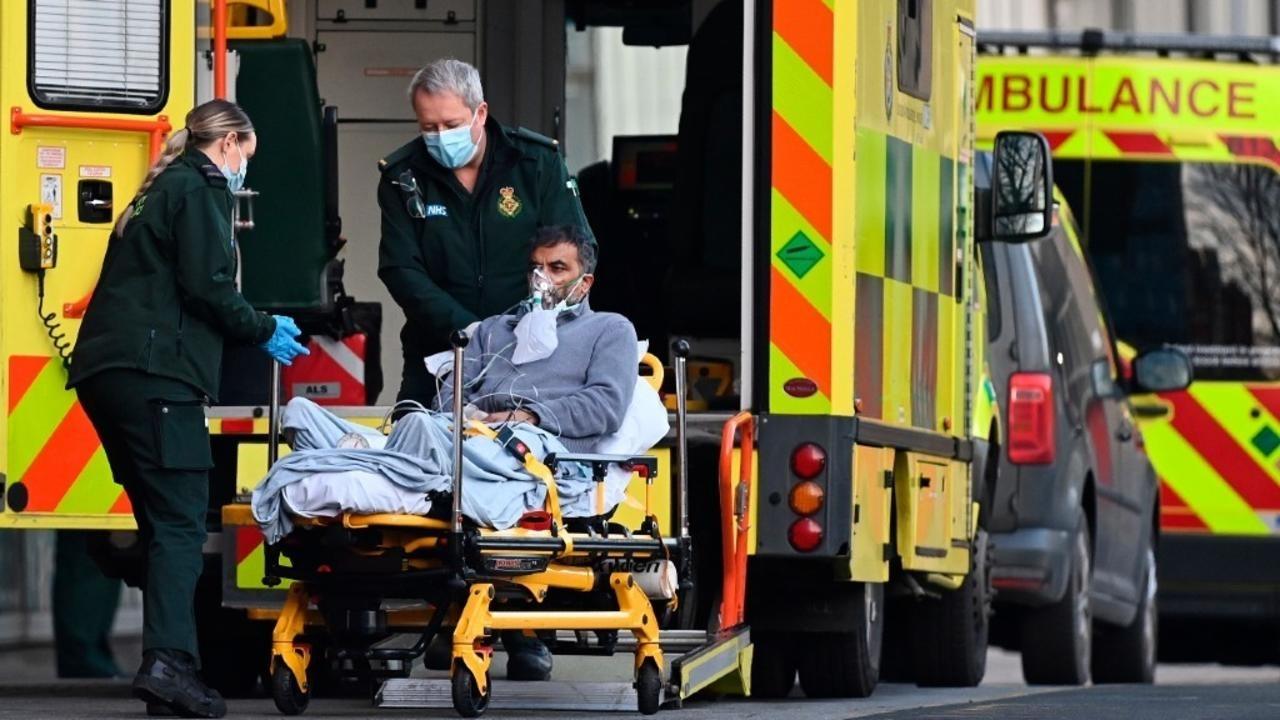 """فيروس كورونا """"خارج عن السيطرة"""" في لندن والمستشفيات على وشك بلوغ أقصى طاقتها الاستيعابية"""