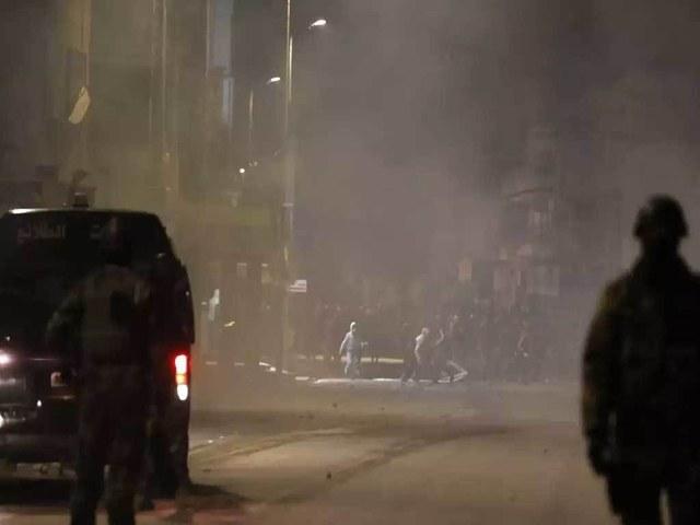 هزت تونس الليلة الرابعة من أعمال الشغب في الشوارع