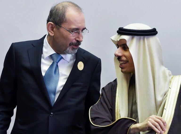 وزير الخارجية السعودي: السعودية تعيد فتح سفارتها في الدوحة