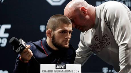 يتعهد رئيس UFC دانا وايت أن `` يضغط على حبيب بأقصى ما في وسعه '' لحمل البطل الروسي على عكس قرار التقاعد