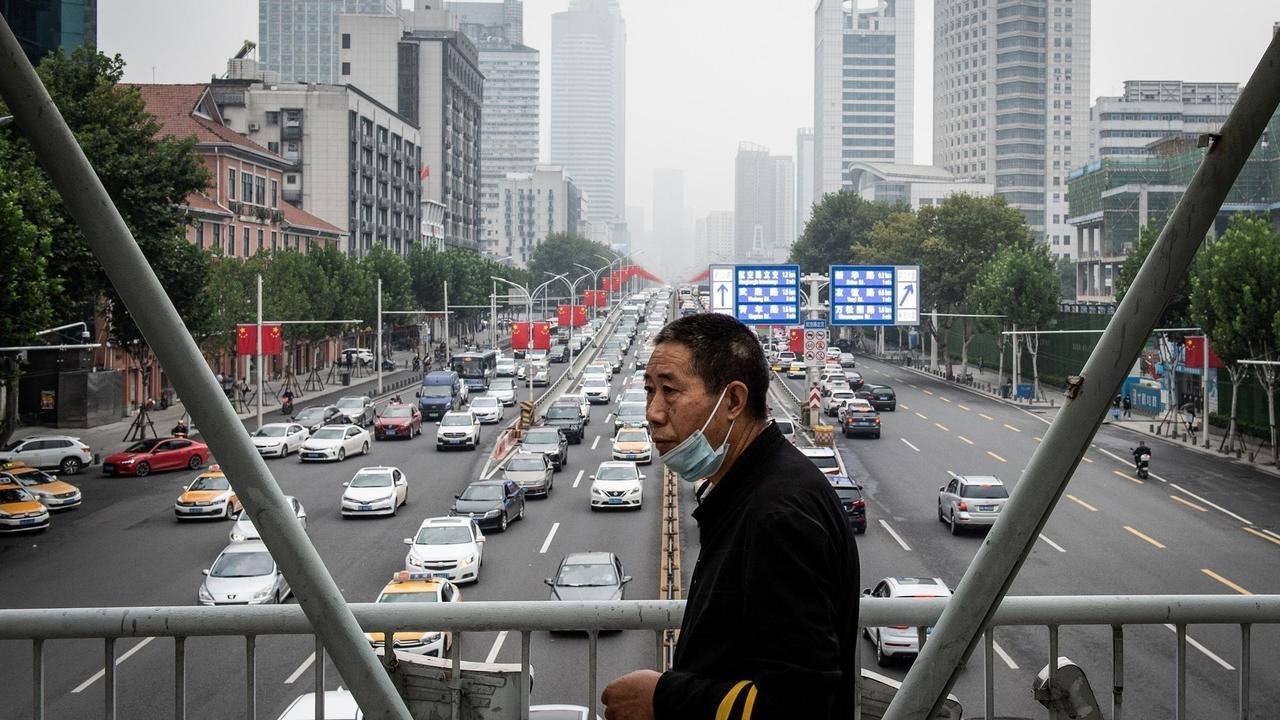 الصين: صمت في الذكرى السنوية الأولى لأول وفاة في ووهان جراء فيروس كورونا