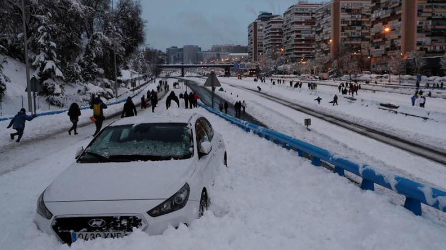 عاصفة ثلجيّة غير مسبوقة تضرب إسبانيا