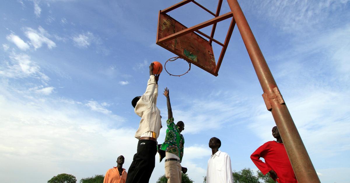 هل تصلح كرة السلة ما أفسدته الحرب في جنوب السودان؟