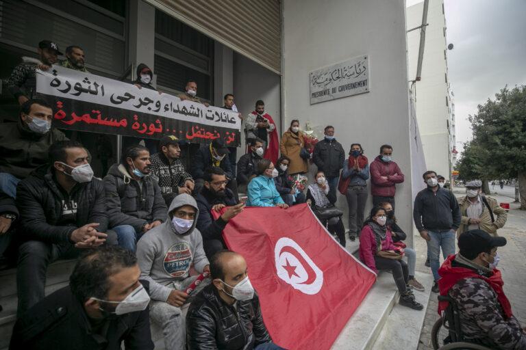 تونس: لا مبادلة الحرية بالأمن ، يحذر رئيس مجلس النواب السابق