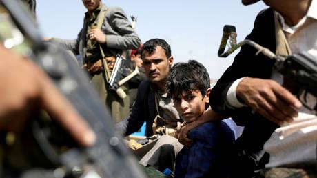 بومبيو يقول إن الولايات المتحدة ستصنف الحوثيين كمجموعة إرهابية في محاولة لتقويض 'التدخل الإيراني' في اليمن