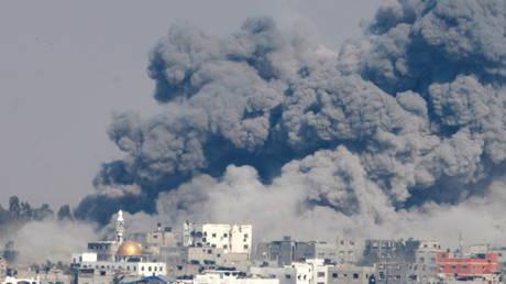 رئيس الوزراء الإسرائيلي يحث بايدن على الإبقاء على عقوبات ترامب على المحكمة الجنائية الدولية لدرء التحقيق في جرائم الحرب
